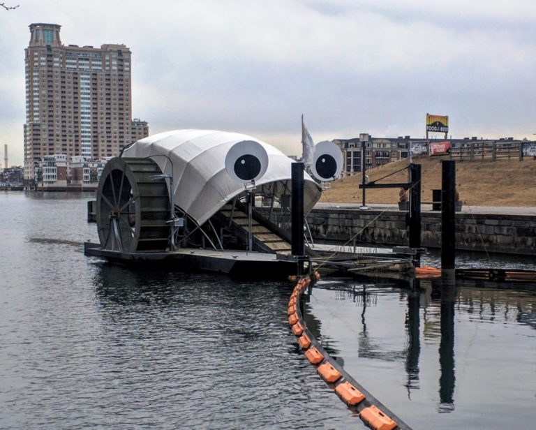 Dlaczego The Ocean Cleanup to wydmuszka? – przedstawiamy Mr. Trash Wheel